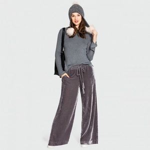 Who What Wear Grey Wide Leg Velvet Pants Size S